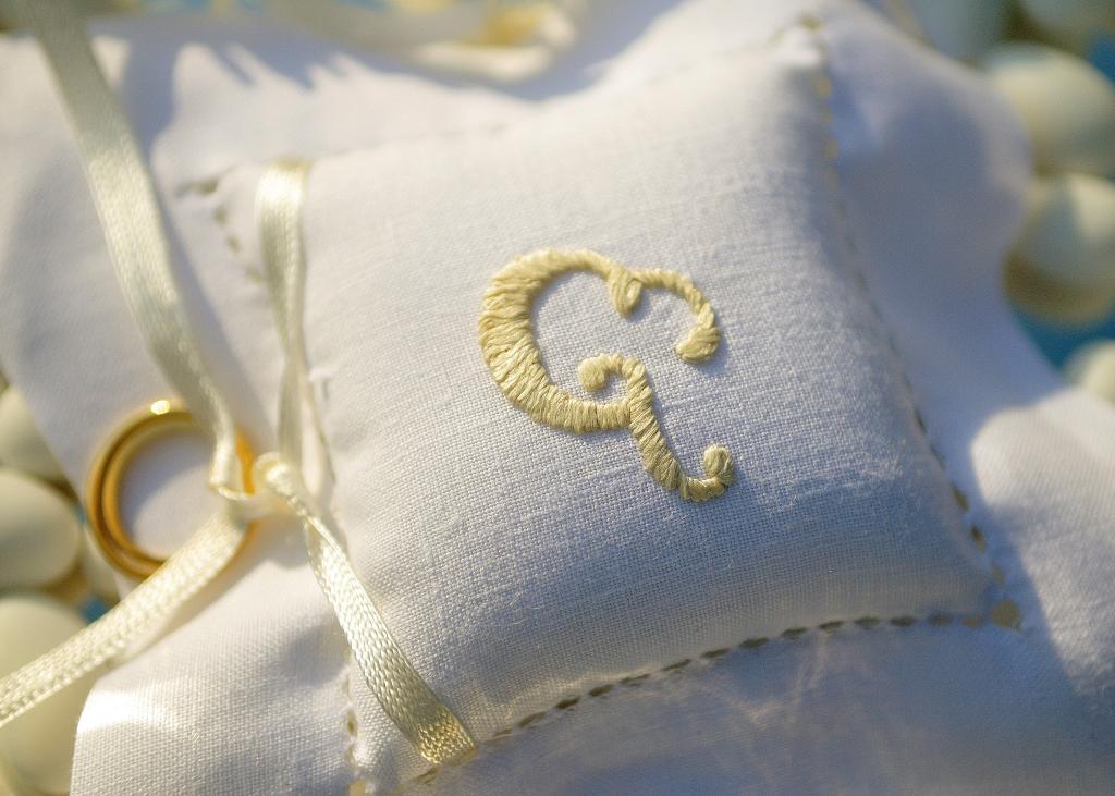 E&J Athens wedding - Image 3