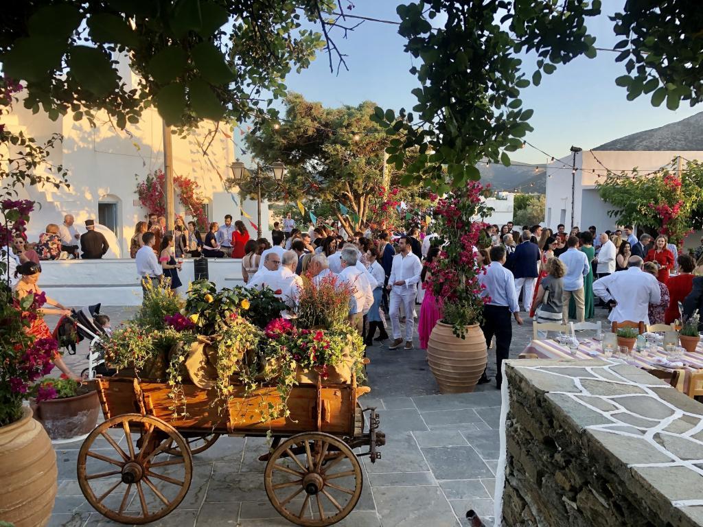 E&P Sifnos pre-wedding & wedding - Image 12