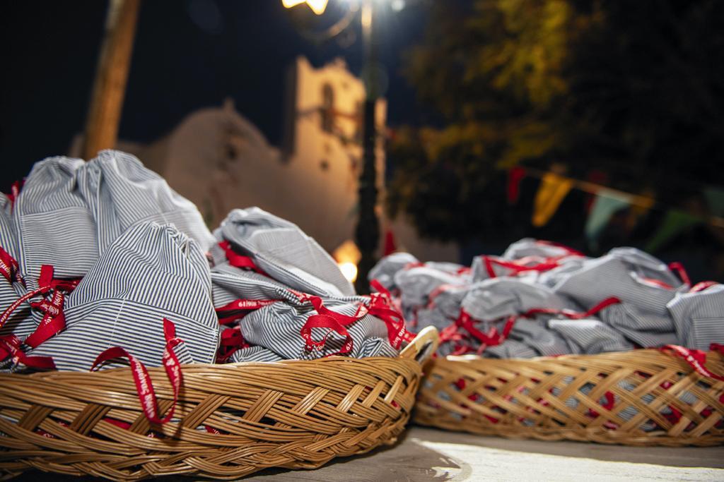 E&P Sifnos pre-wedding & wedding - Image 42